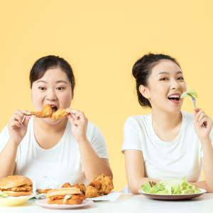 日本宅女5年胖至212斤:不自律是如何摧毁一个人的?